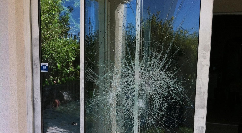 une baie vitrée